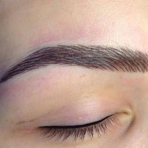 Eyebrow Hair Strokes Technique
